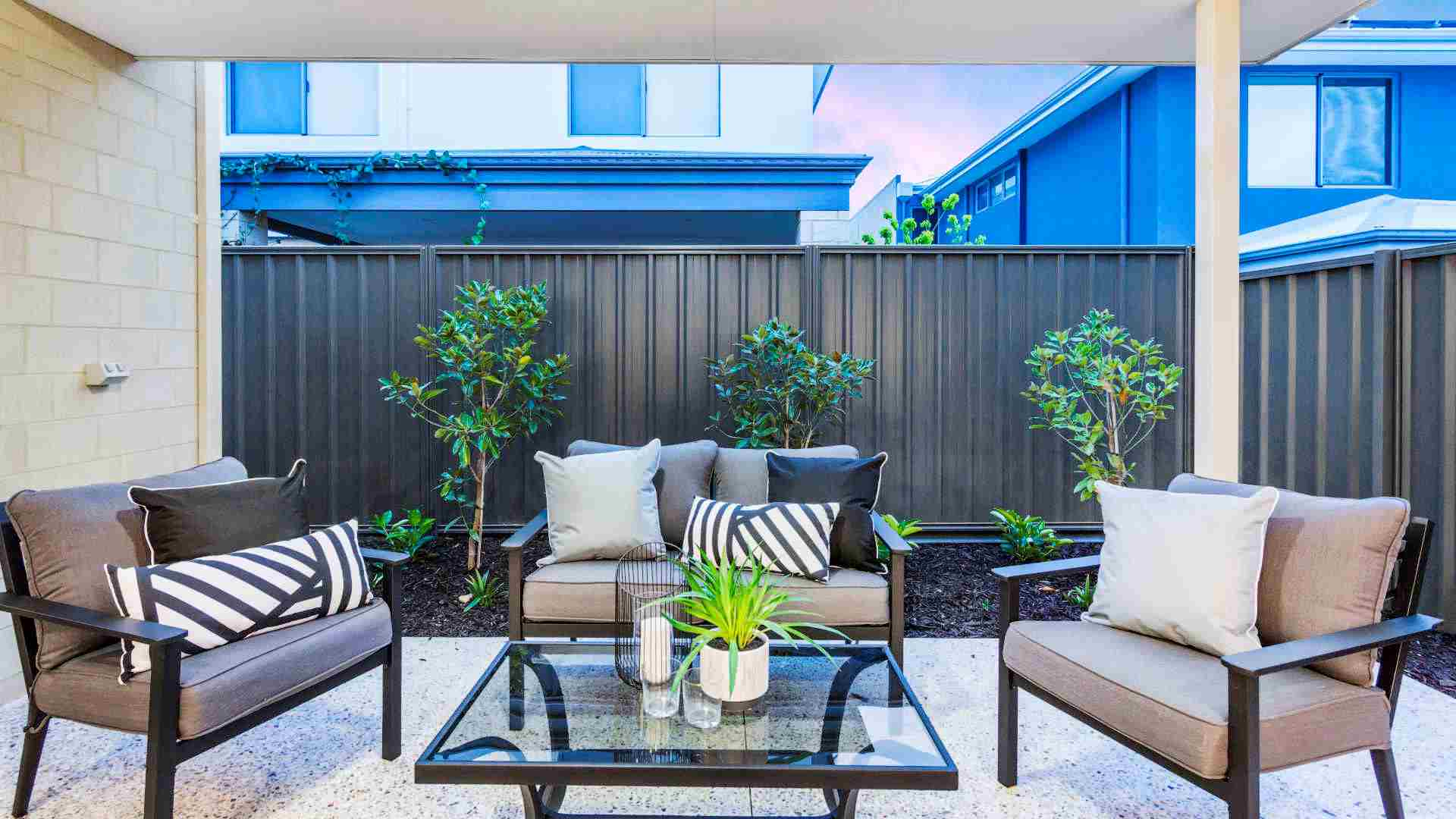 Courtyard hacks: 5 design ideas to create an outdoor oasis