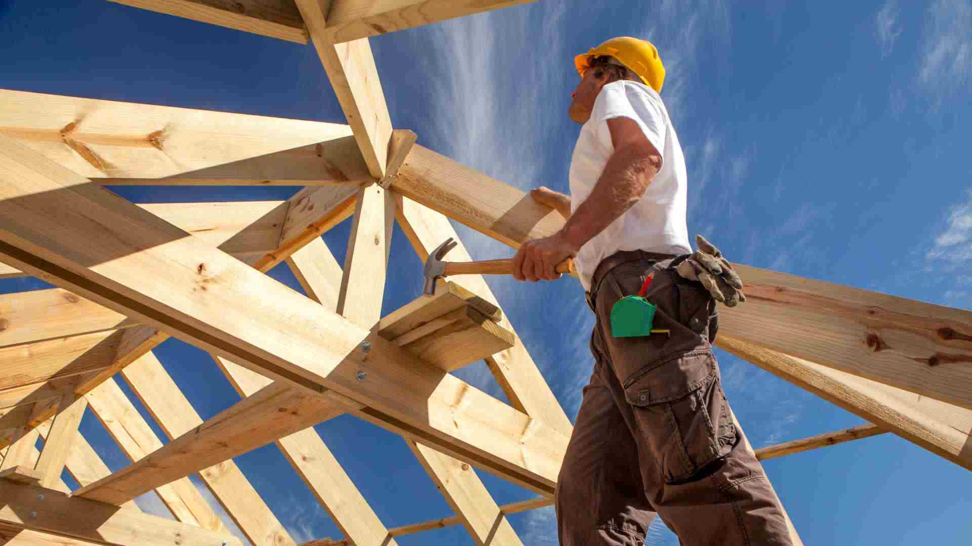Queensland builders at capacity as HomeBuilder strains industry