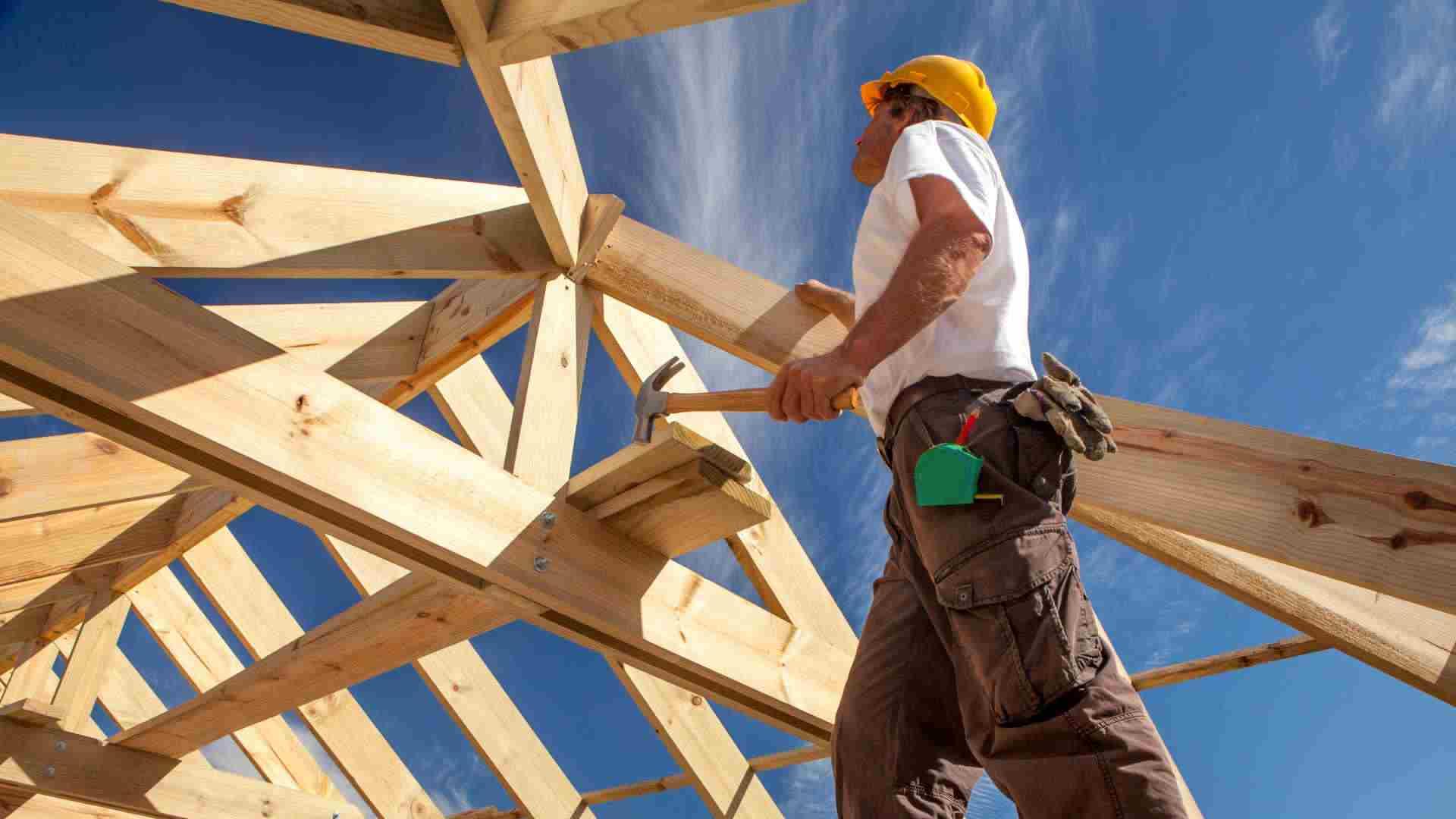 Queensland builders at capacity as HomeBuilder strains industry