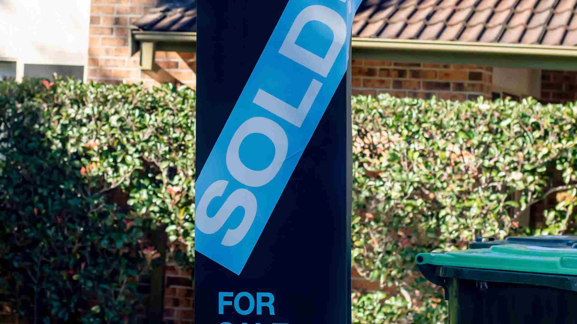 Pumped up house prices dent buyer confidence