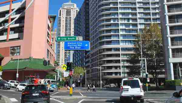 Sydney apartments next in line for uplift as vacancies plunge