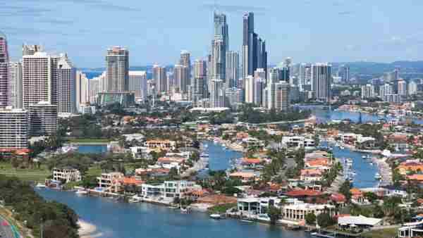 Investors to stay in Queensland with prices tipped to rise further